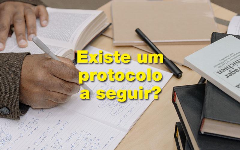 Passo a passo e protocolo de revisão sistemática da literatura